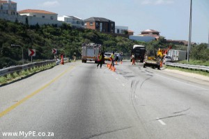 Horse and Trailer overturned on N2 Bypass
