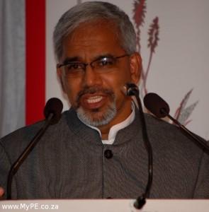 Dr Siva Pillay
