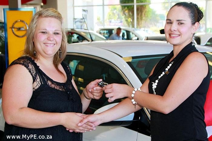Cara Labuschagne and Yolande van Niekerk
