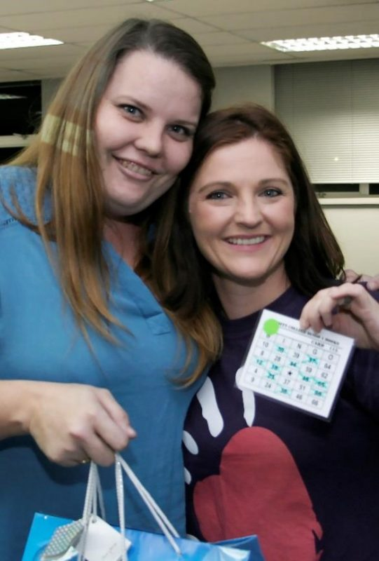 BINGO FOR BOOKS: From left to right, prize winner Kristin Nel with Jaci Howell, Student Relations Manager at the Varsity College Bingo for Books fundraiser