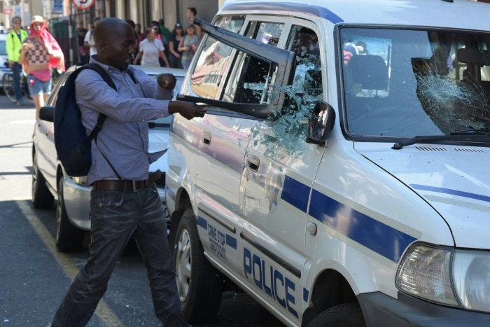 #feesmustfall saps vehicle smashed
