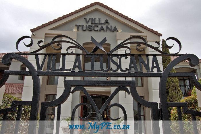 Villa Tuscana Front