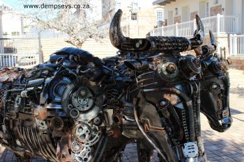 "metal oxen of ""new horizon"" artwork"