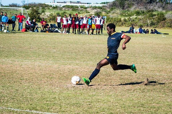 Madibaz football star Cloudius Sagandira has successfully combined an academic career with his sporting achievements at Nelson Mandela University. Photo: Full Stop Communications