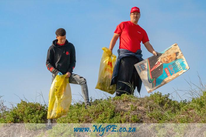 Isuzu Beach Clean Up